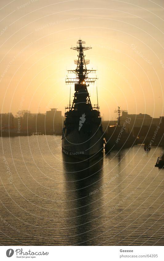 Sun Watercraft Harbour Navy Warship Wilhlemshaven Destroyer