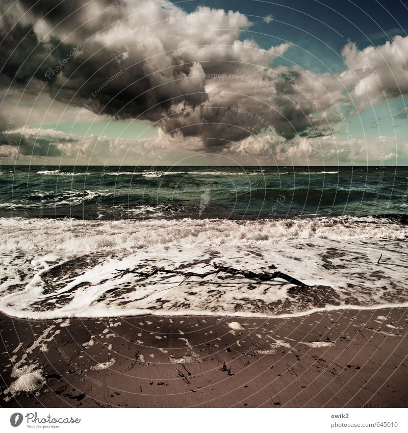 Sky Nature Water Ocean Landscape Clouds Far-off places Beach Dark Environment Coast Natural Sand Horizon Weather Waves
