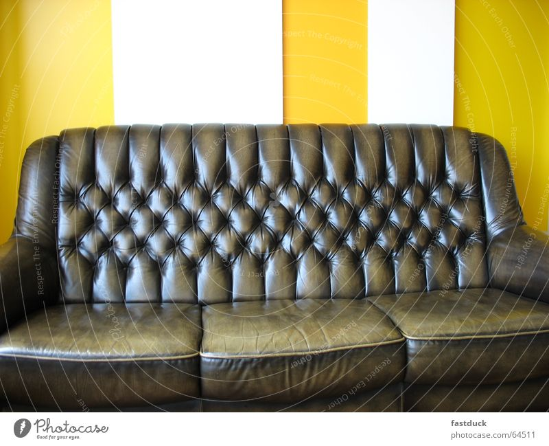 Freud 2006 Sofa Relaxation Yellow White sigmund joy dream interpretation psychoanalysis