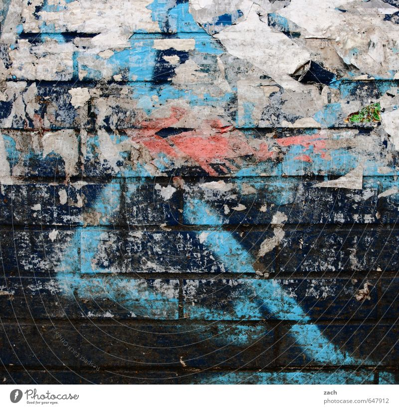 X mountain Art Painting and drawing (object) Berlin Town Wall (barrier) Wall (building) Facade Stone Sign Digits and numbers Ornament Graffiti Line