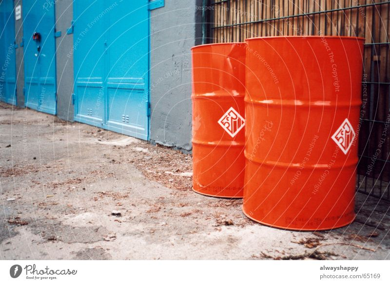 Blue Red Lanes & trails Going Cleaning Trash Gate Backyard Poison Keg Dispose of Garage door