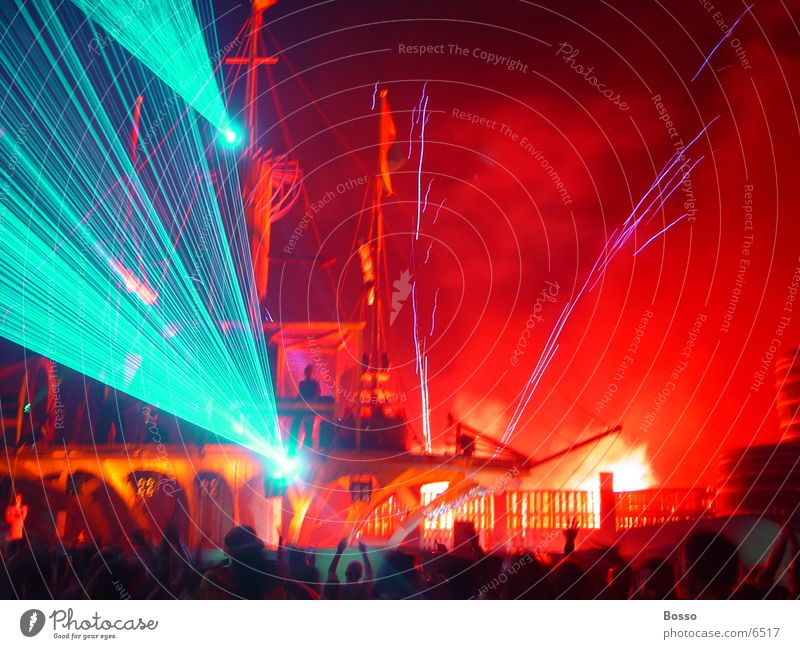 Outdoor laser and fireworks Laser Amsterdam Leisure and hobbies @ Mysteryland Exterior shot