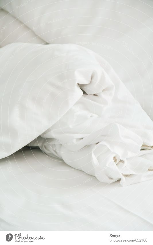 Good morning Bedclothes Duvet White Wrinkles Sheet Morning Sleep Wake up Arise Interior shot Deserted Copy Space top Copy Space bottom Day