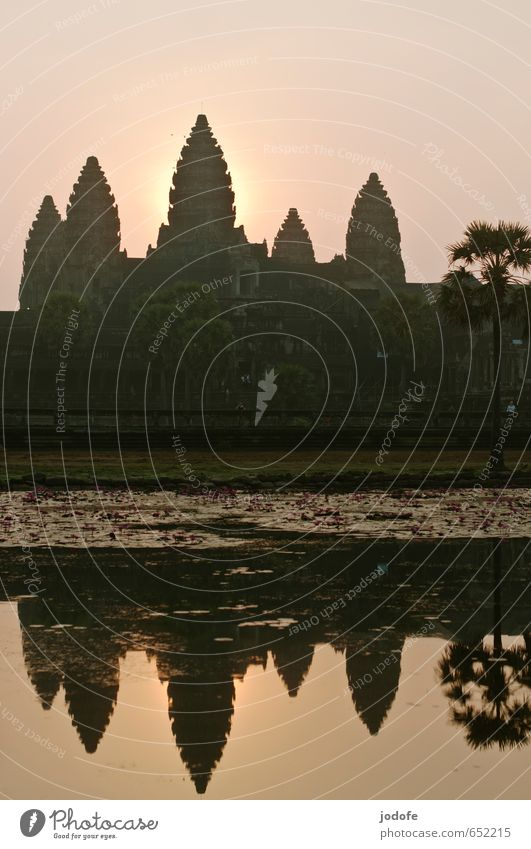 Sunrise Angkor Wat Culture Manmade structures Tourist Attraction Landmark Monument Discover Religion and faith Decline Past Temple Asia Travel photography