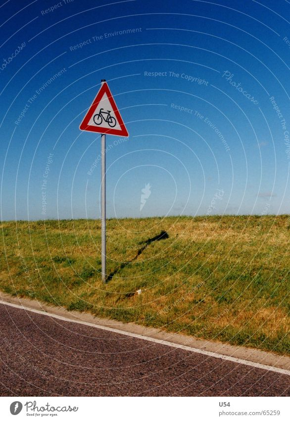 Watch out for cyclists. Friesland district Grass Badlands Street Signs and labeling Warning label Sky