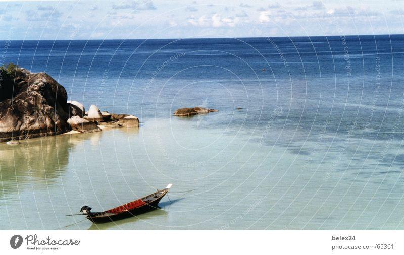 enjoyment Watercraft Ocean Calm Serene Thailand Loneliness Memory Island Float in the water