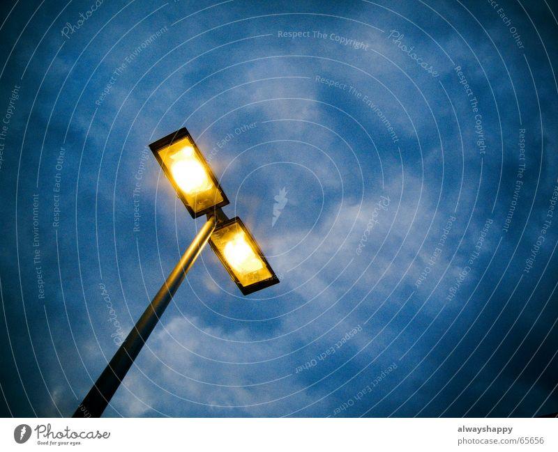 Sky Clouds Lamp Dark Above Bright Fear Tall Dangerous Threat Lantern Street lighting Dreary Awareness Vignetting