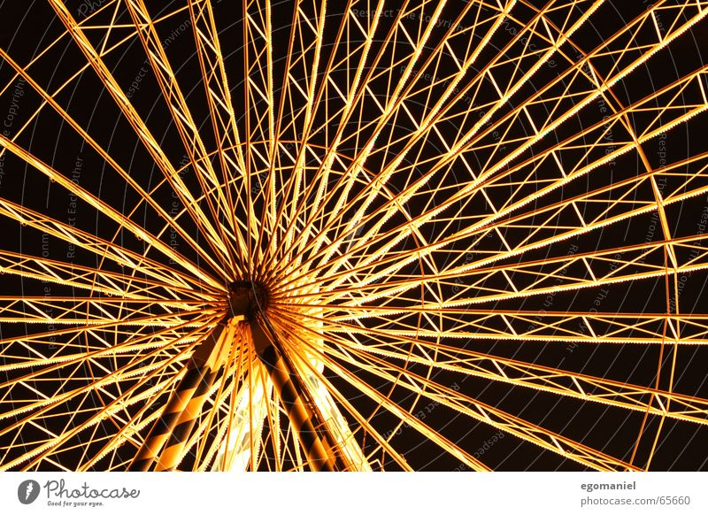 round n round Ferris wheel Fairs & Carnivals Light Night Round Long exposure Feasts & Celebrations Lighting Detail