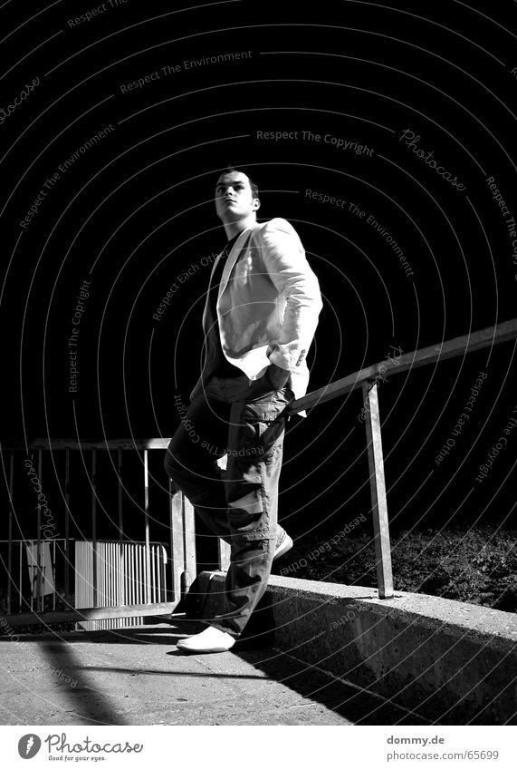 i´m back! 2 Man Stand Easygoing Footwear Pants Jacket Concrete Night Black White Light Dark Long exposure Würzburg Würzburg-Zellerau dommy Cool (slang)
