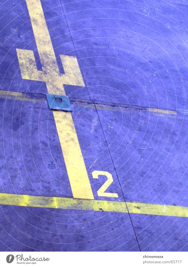 Aircraf Position Yellow Dance floor number line blue two dry big