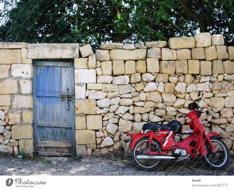 Moped Gozo Motorcycle Malta South Wall (barrier) Warmth dolce vita Mediterranean sea Door