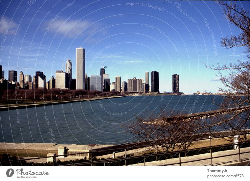 Skyline of Chicago Town North America Water skipjack