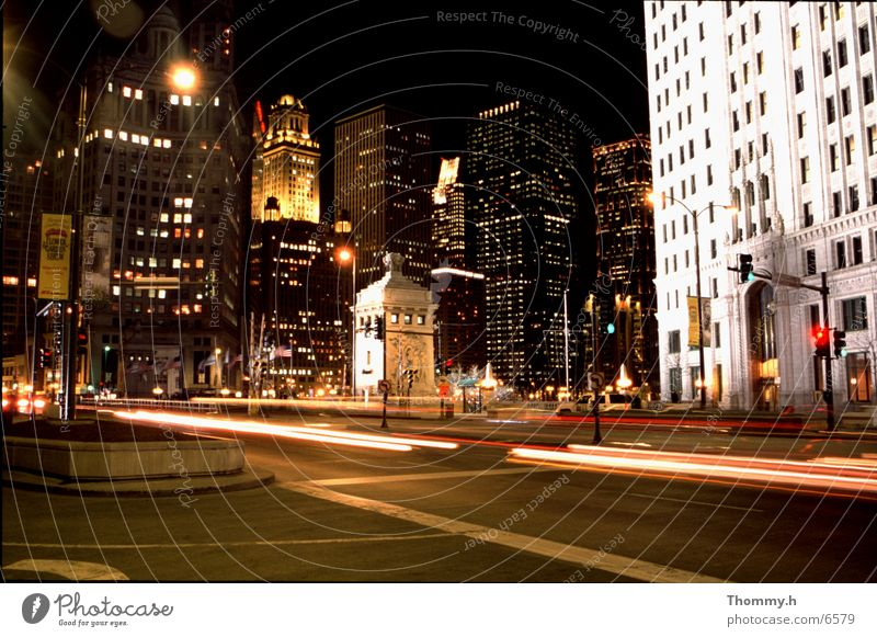 Big cities never sleep! Chicago Town Night Light High-rise North America Car