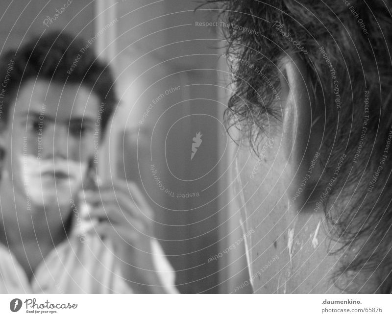 Man Hand Water Face Eyes Hair and hairstyles Glass Fingers Mirror Facial hair Shirt Shave Razor