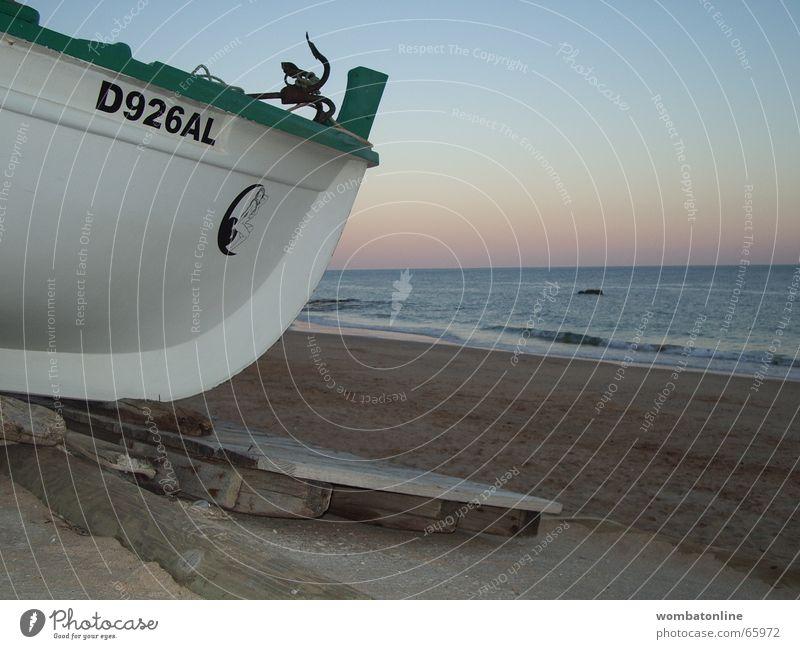 Sun Beach Watercraft Go under Portugal Fisherman