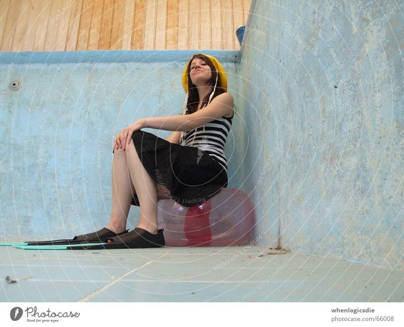 sit-down strike Swimming pool Empty Water wings Cap Corner Sit plate