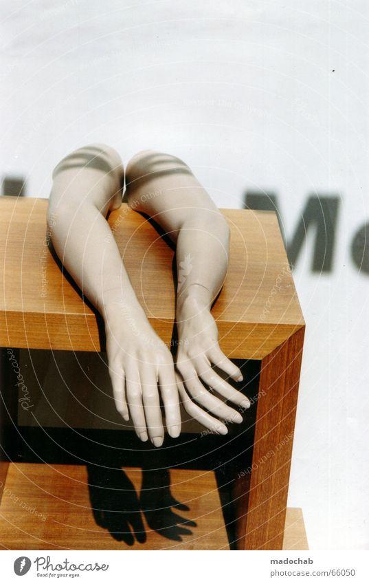 HELPING HANDS - Shop Window Shopping Arms Shop Mannequin Design Sun Decoration Hand Doll False Break Shop window Shadow play Showcase Letters (alphabet)
