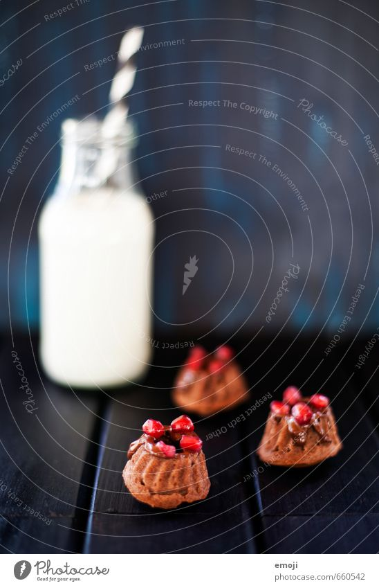 pomegranate Dairy Products Cake Dessert Candy Nutrition Milk Delicious Sweet Gugelhupf Rich in calories Small Baked goods Colour photo Interior shot Deserted