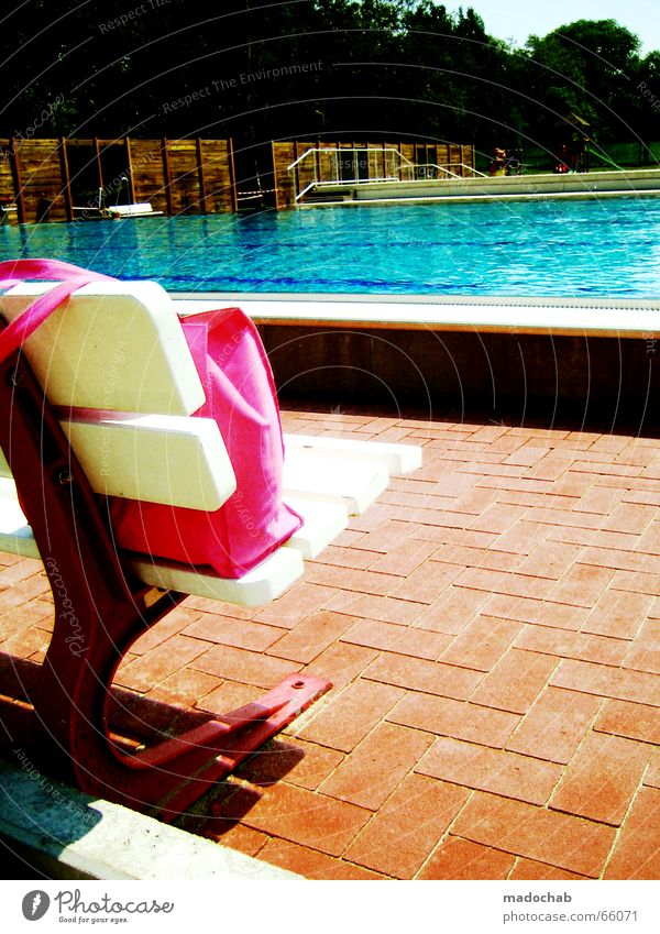 Water Sun Summer Vacation & Travel Colour Pink Break Swimming pool Bench Leisure and hobbies Tile Bag Magenta Chlorine Bah!