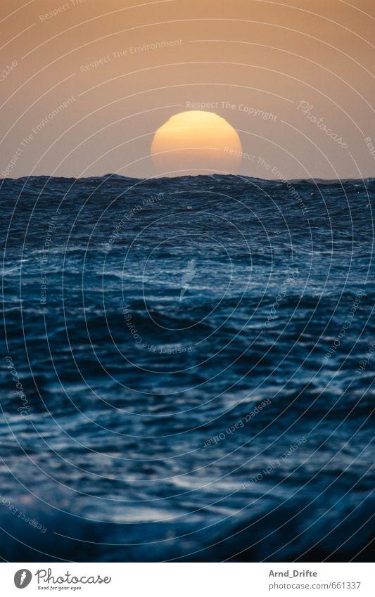Sky Nature Vacation & Travel Blue Water Summer Sun Ocean Far-off places Beach Coast Freedom Horizon Orange Waves