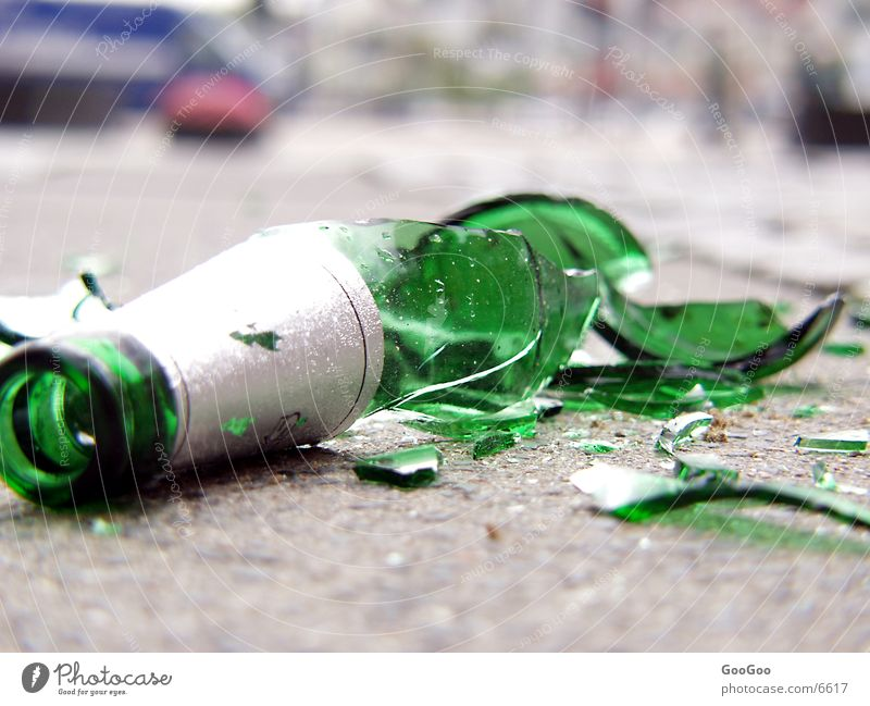 Street Bottle Alcohol-fueled Bottle of beer Shatter