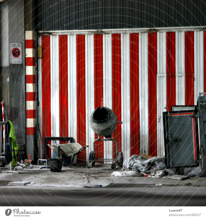 White Red Work and employment Construction site Trash Stripe Spain Vertical No standing Mixer