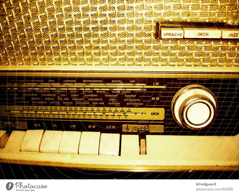 Turn Your Radio On Rarity Vintage car Rock'n'Roll Listening Broacaster Scale VHF Medium wave Long wave Information Bothersome Countries Intensifier Bandwidth