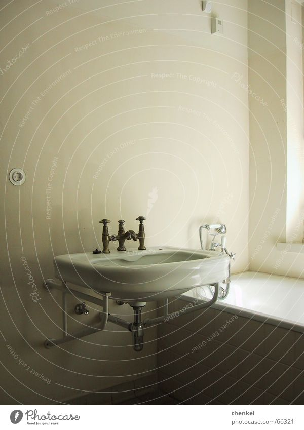 Water Cold Esthetic Bathroom Sink Sublime Reduce Tasty Bauhaus Impersonal