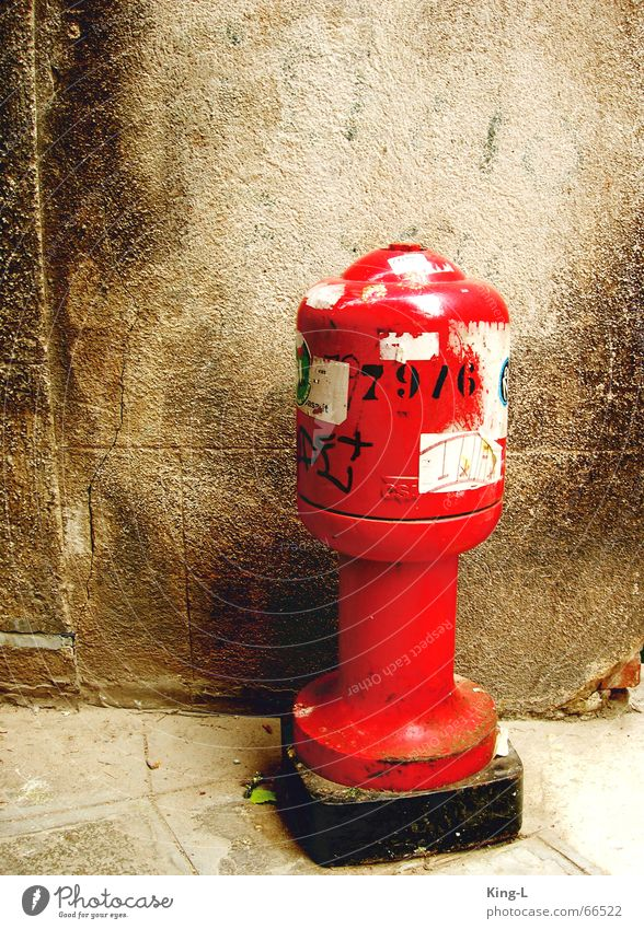 Red Rocket Fire hydrant Connection Venice Label Old pasted up Pistil