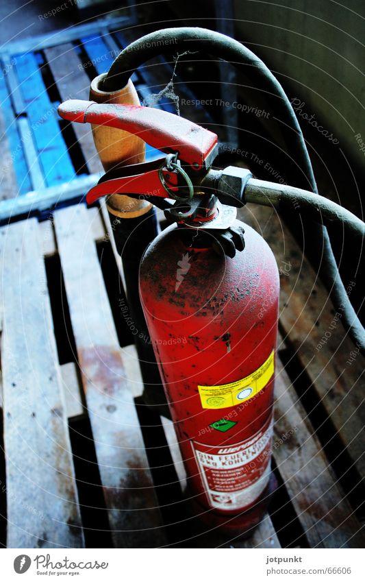 Blue Red Blaze Hot Hose Palett Extinguisher