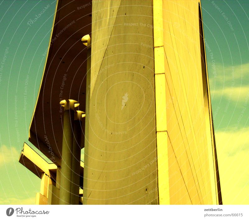Yellow is good Yellowness Federal Chancellery Seat of government Facade False coloured gimmickry Berlin star architect Democratic
