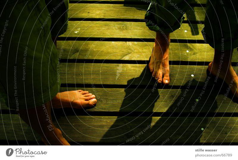 FOOT PARADE Panels Barefoot Green Physics Airy Big toe small toe bockermann Warmth Shadow