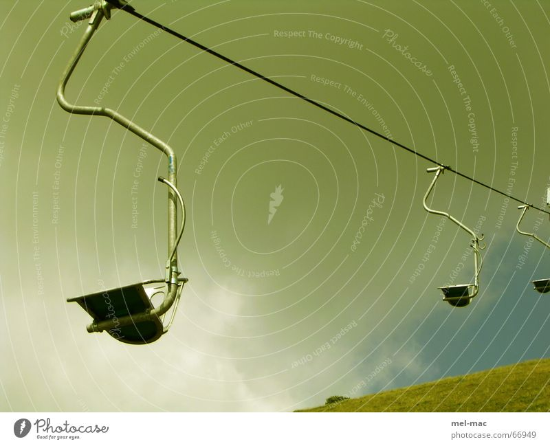 Green Vacation & Travel Loneliness Mountain Thunder and lightning Hover Chair lift Cable car