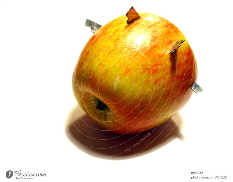 Aua_Apple Ninja Sharp pain Natural catastrophe Bizarre Still Life Abstract Weapon Test of courage Watchfulness Suspect Aluminum Headache Scrap material