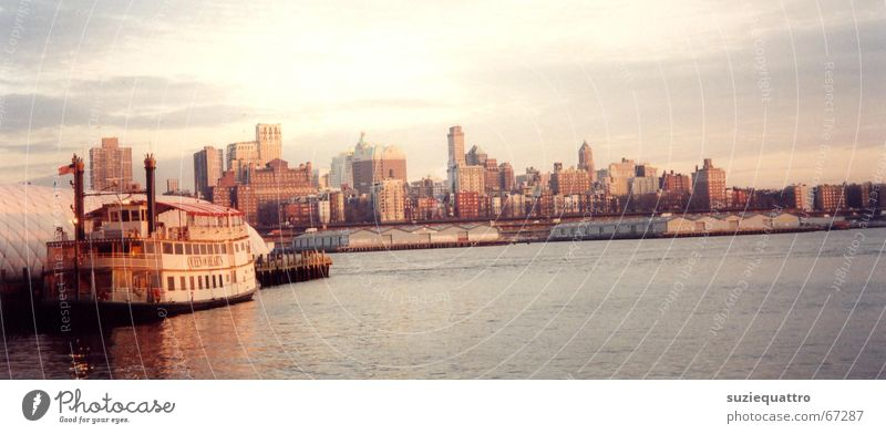 new york New York Soft Watercraft House (Residential Structure) Paddle steamer Americas Clouds High-rise Sunset Red Ocean Brown Yellow Heavenly Friendliness