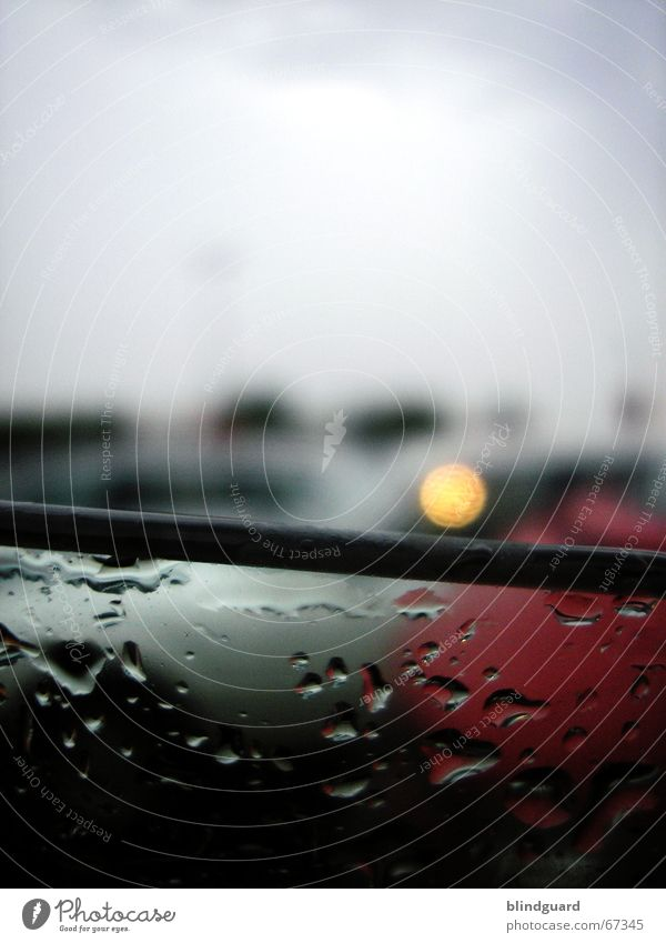 Dark Car Rain Wait Drops of water Wet Fresh Thunder and lightning Storm Parking lot Window pane Vista Refrigeration