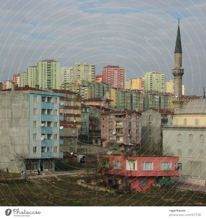 Real Istanbul Suburb Turkey Slum area High-rise Town haramidere mosche Skyline dreariness