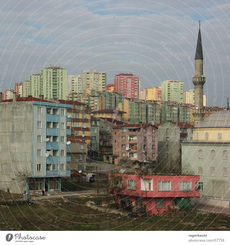 Real Istanbul Suburb Turkey Slum area High-rise Town haramidere mosche Skyline dreariness