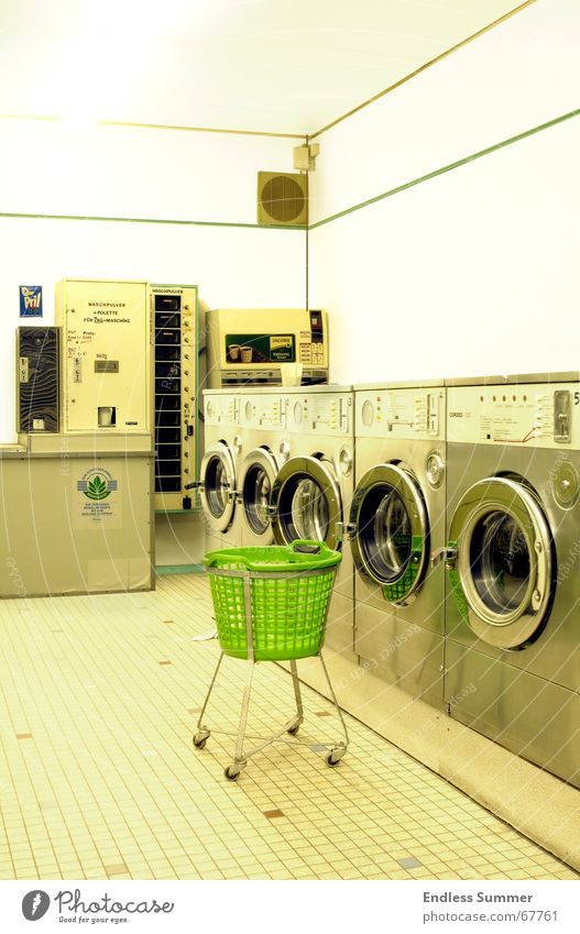 Old Green Bright Retro Washer Overexposure Old-school Laundromat
