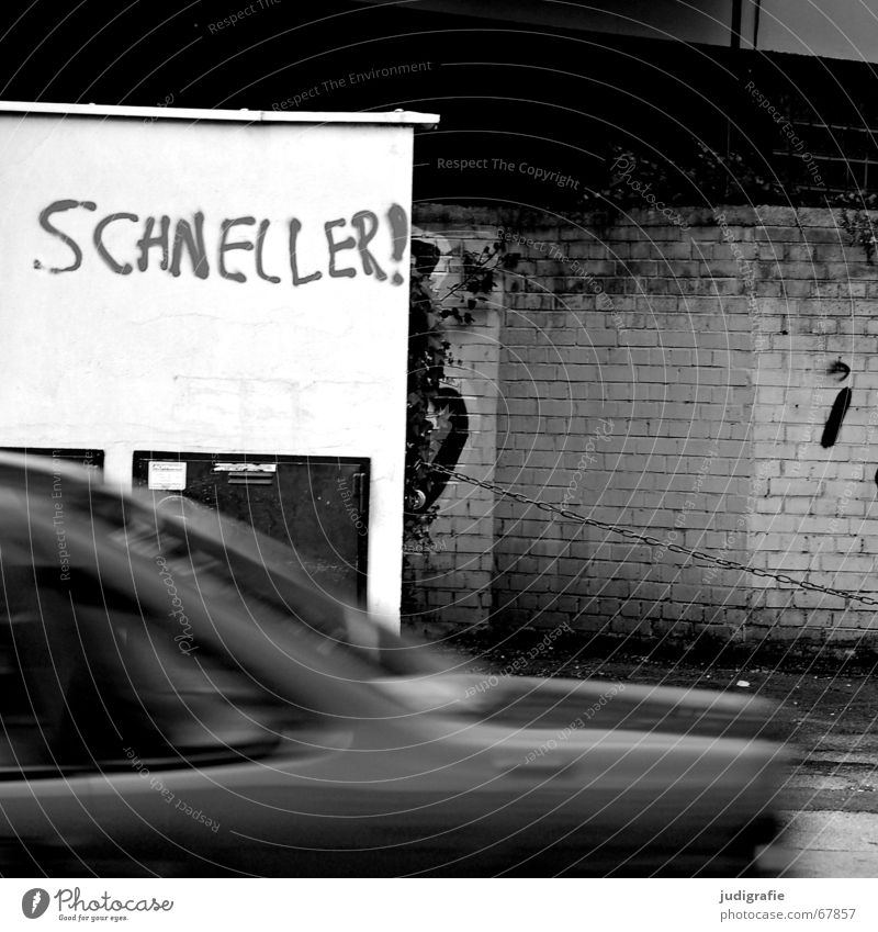 White City Black Street Wall (building) Wall (barrier) Car Transport Speed Motor vehicle Driving Characters Anger Typography Chain Hannover