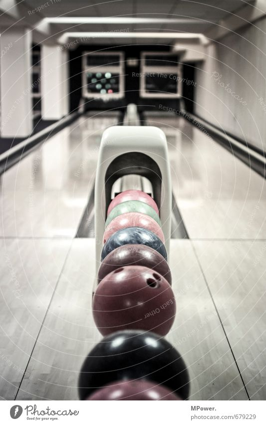 kingpin Sports Sportsperson Sporting event Playing Sphere Bowling Bowling alley Bowling ball Pants Racecourse Smoothness Footwear Concentrate Red Blue