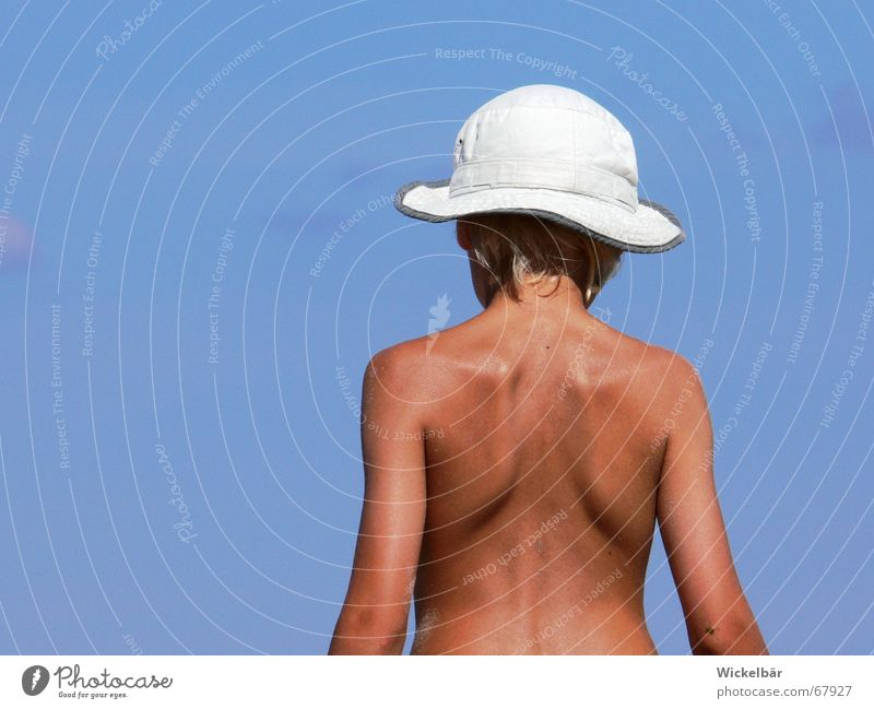 Holidays by the sea Vacation & Travel Summer Child Blonde Ocean Lake Leisure and hobbies Physics Suntan lotion Posture Spinal column Shoulder South Dream
