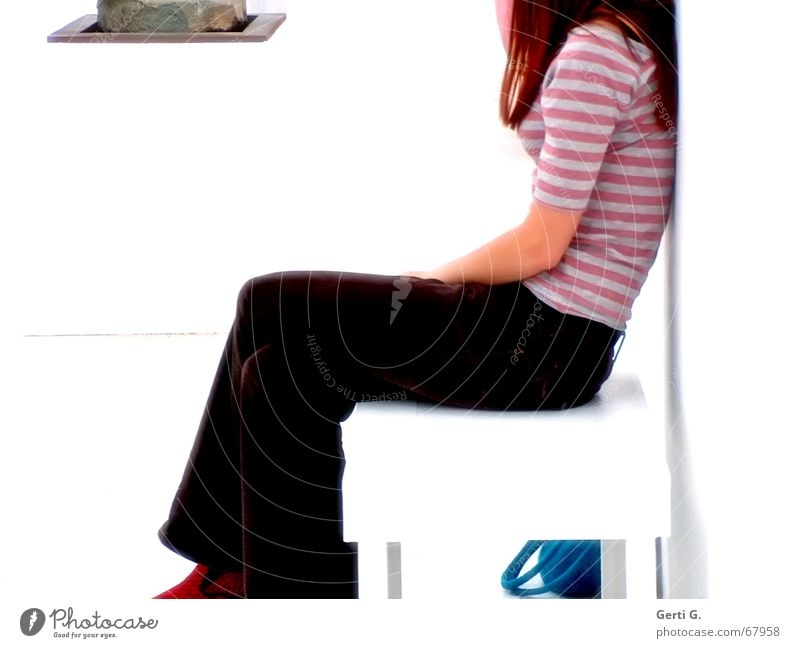 Woman Human being Legs Sit Wait Bench Museum Sculpture Bag Long-haired Young woman Easygoing Red-haired Headless