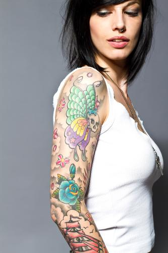 Human being Woman Hand Young woman Eroticism Feminine Background picture Arm Tattoo European University & College student Workshop Rock music Section of image