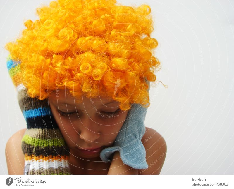 silent - the clown one Wig Yellow Gloves Multicoloured Knitted White Sleep Calm Fingers Hand Eyelash Under Hair and hairstyles Orange glove Blue Ear