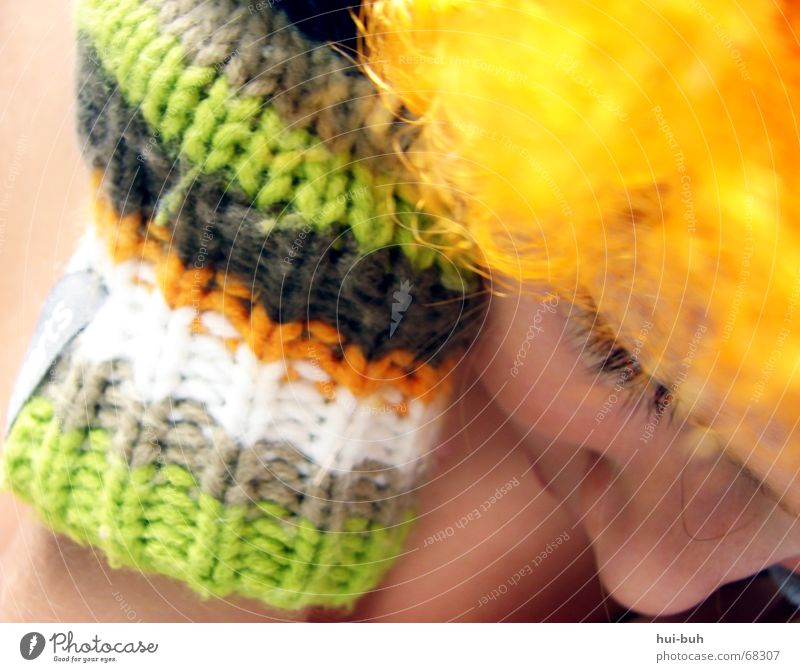the eye of the clown two Wig Yellow Gloves Multicoloured Knitted White Sleep Calm Fingers Hand Eyelash Under Eye-catcher Humble Crooked Hair and hairstyles