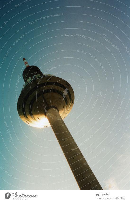 Sky Sun Blue Building Tall Frankfurt Main Beautiful weather Television tower Asparagus Windscreen Ginnheim