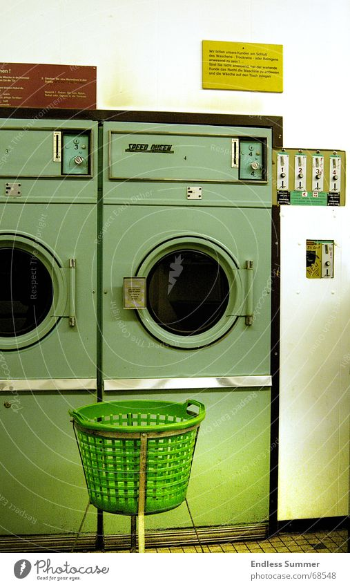 Green Dirty Retro Clean GDR Washer Old-school Joint residence Laundromat