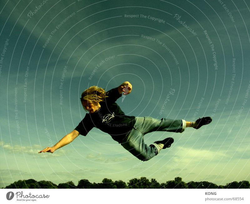 It's who's in the air. Jump Hop Aloof Sky Goalkeeper Hover Easygoing Hongkong Aviation fly flight Flying lift of martial arts Lie To fall falling