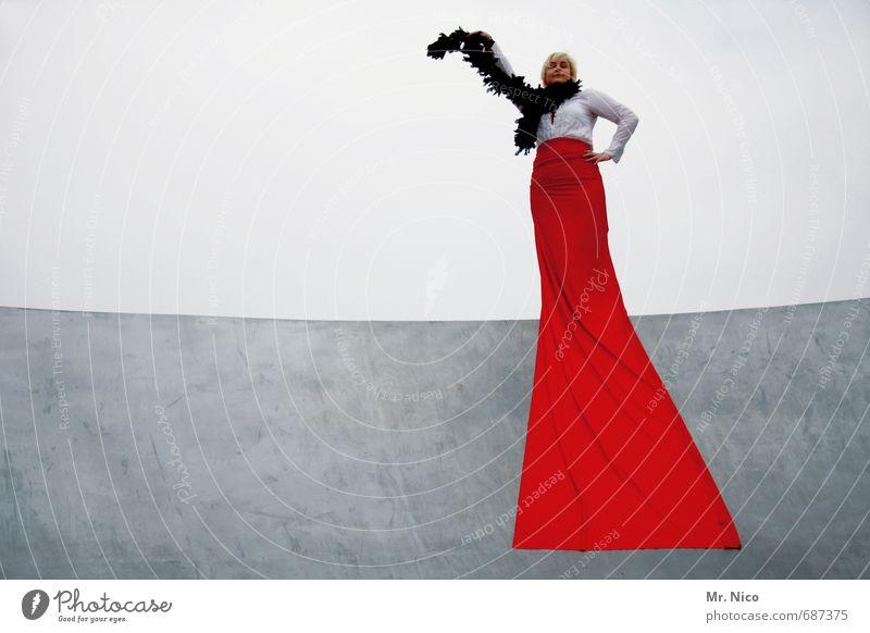 la diva Lifestyle Elegant Style Feminine Woman Adults 1 Human being Shirt Cloth Red Diva Boa Posture Beautiful Film star Waist Joie de vivre (Vitality) Theatre
